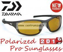 Daiwa Polarized Sunglasses black frame amb lens modell DPROPSG10 -borostyánszín lencse (202731)