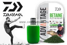 Daiwa Advantage Baits Method Betain Green Pellet Box 500g pellet +75ml locsoló (13300-202) étvágyfokozó