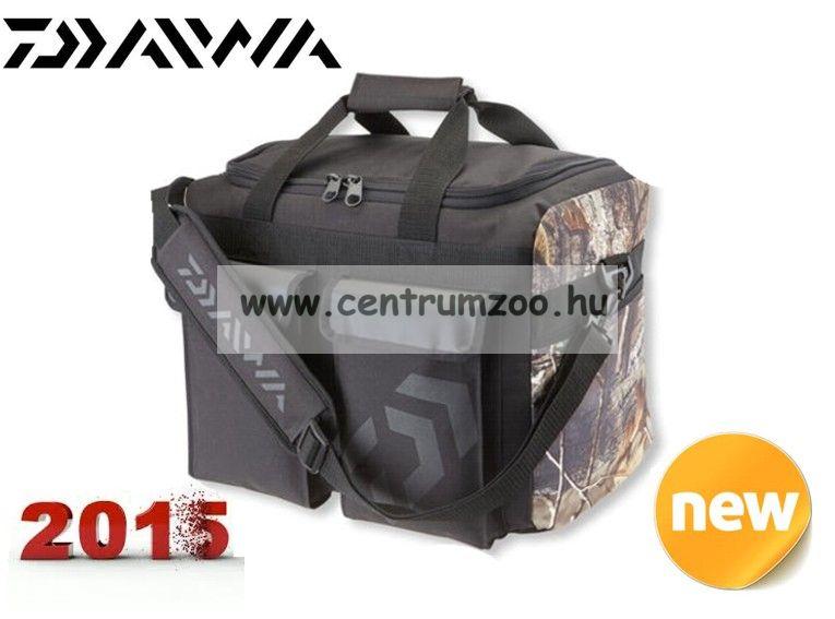 DAIWA Realtree AP® Camo Tackle Bag Medium masszív táska (15820-015)